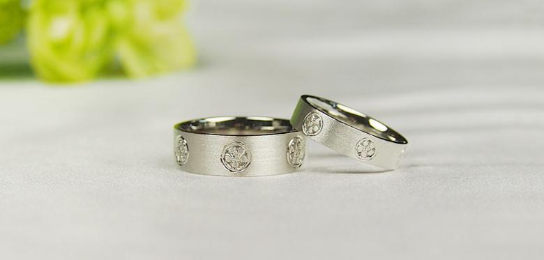 結婚指輪-家紋